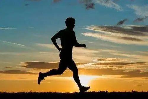 夏天晚上几点跑步减肥效果最好