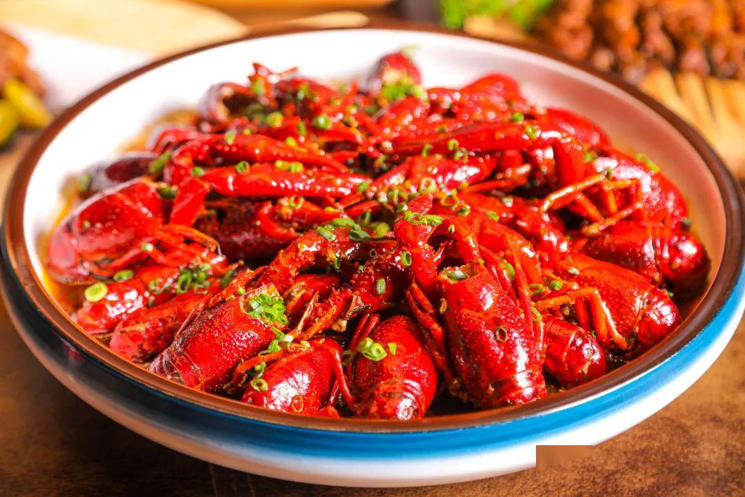 吃多少小龙虾才会肌肉溶解