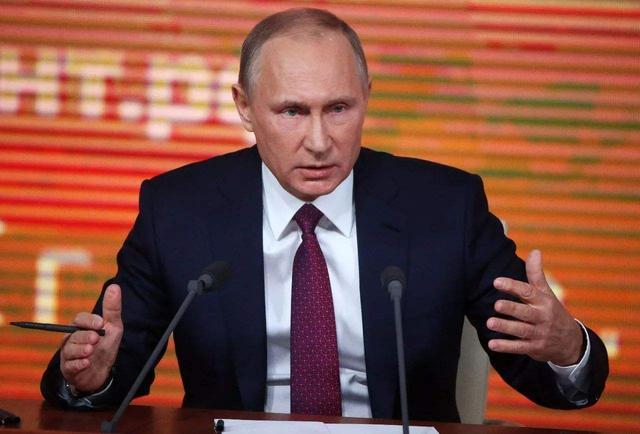 普京签署法律 允许总统再连任两届