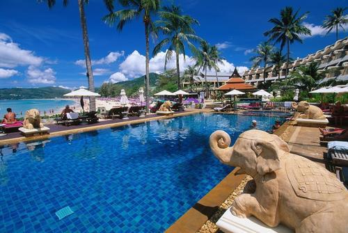 泰国考虑游客提供免费机票