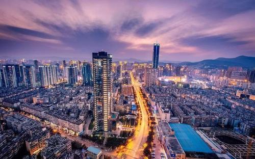 27个省会中11城GDP超万亿
