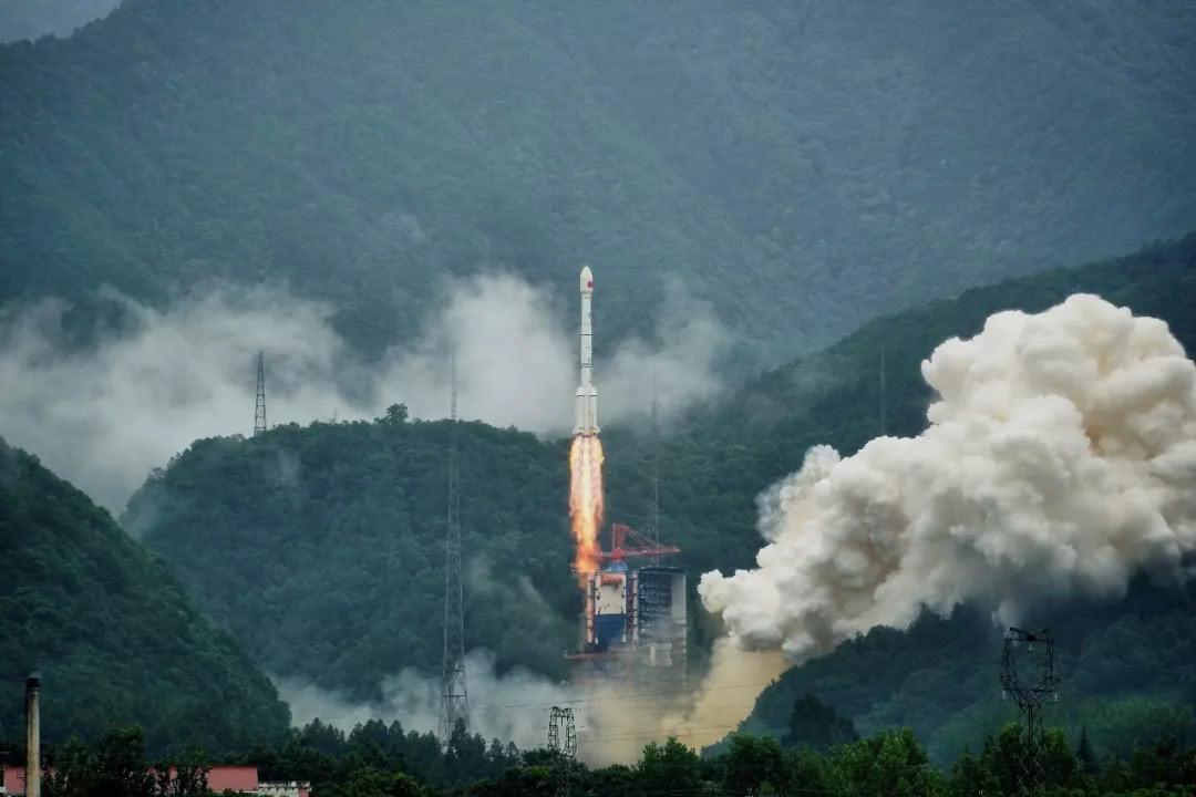 中国成功发射试验六号03星