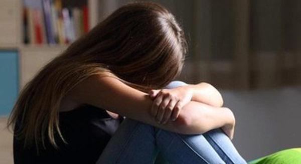 女游客称遭入室强奸 警方通报