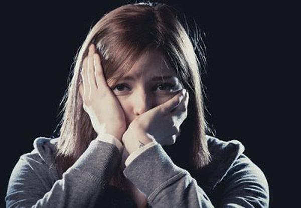 16岁少女凌晨跳江身亡 警方通报