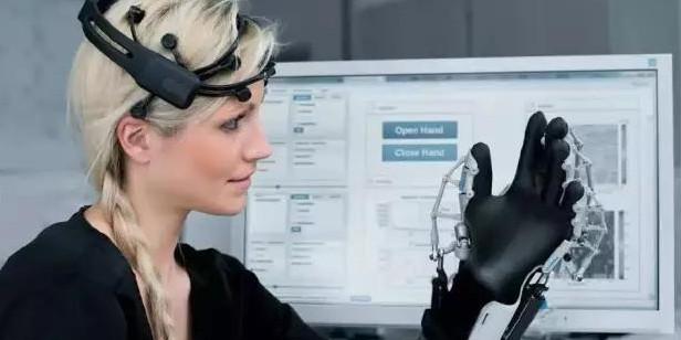 国际最新研发出一种新脑机接口助力瘫痪人士交流1