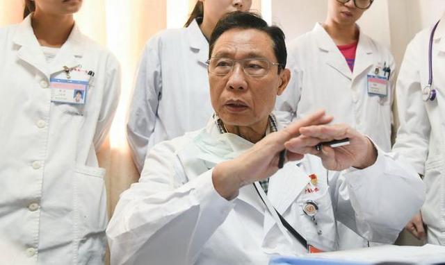 钟南山谈我国疫苗研发慢原因