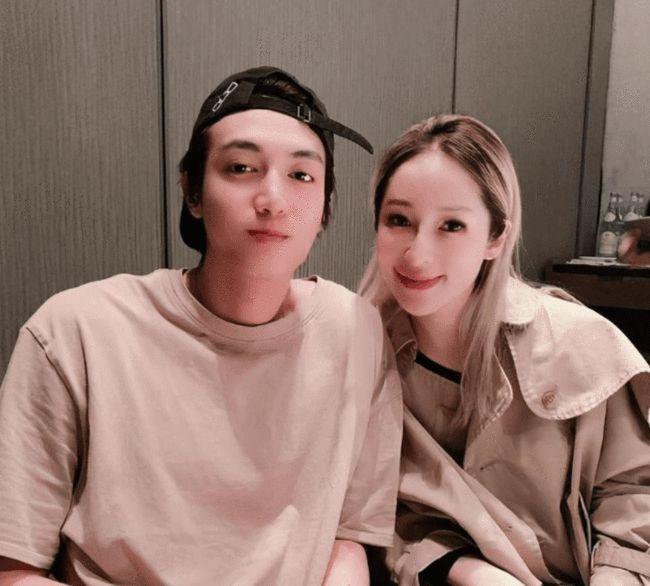 萧亚轩与小16岁男友分手