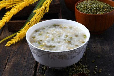 绿豆粥的功效与作用禁忌