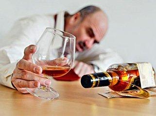 研究称每天喝两杯也有患癌风险
