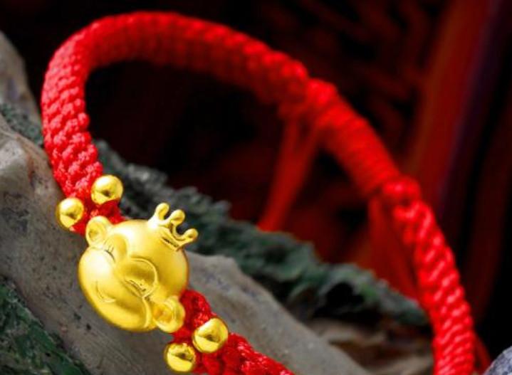 本命年穿红色要穿多久