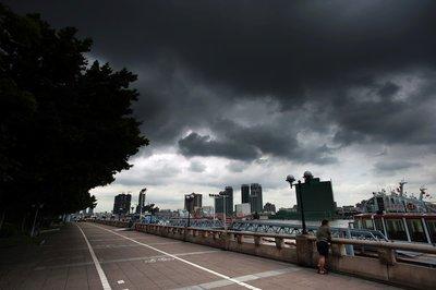 14级强台风将至 暴雨或直扑安徽