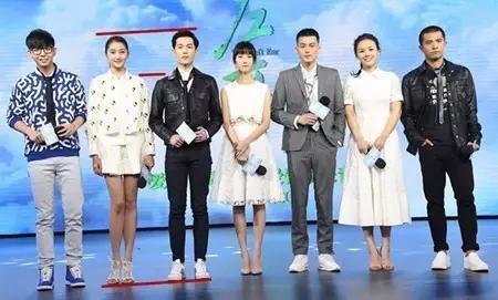 杨洋真实身高