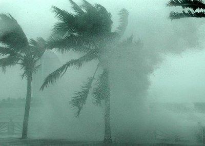 航拍最强风暴席卷美国