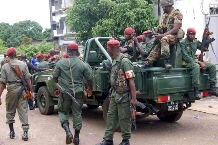几内亚成立军政府 承诺和平过渡